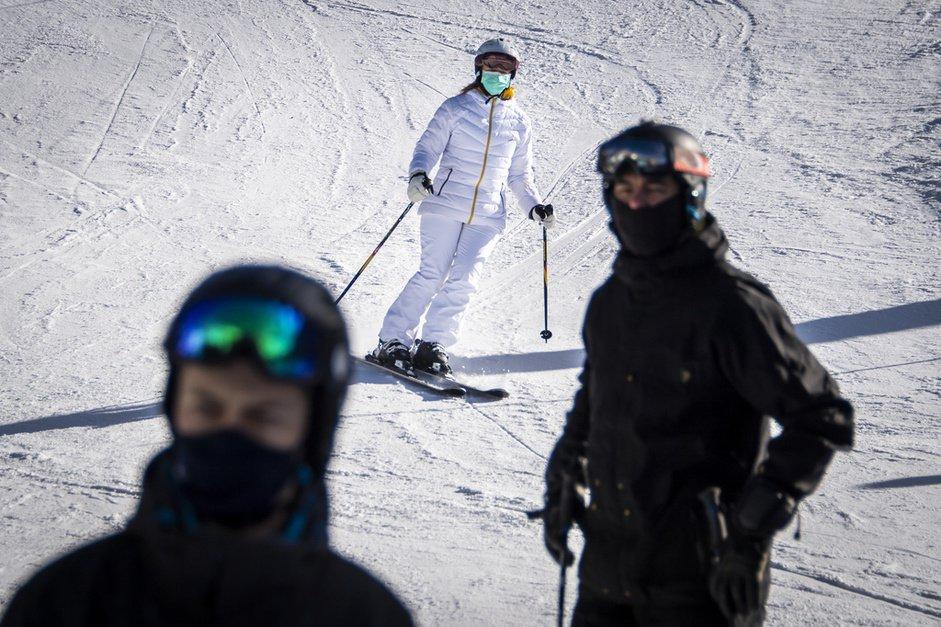 Covid-19: du ski seulement avec une autorisation cantonale