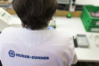 Huber+Suhner supprime 250 postes, recul des ventes et commandes