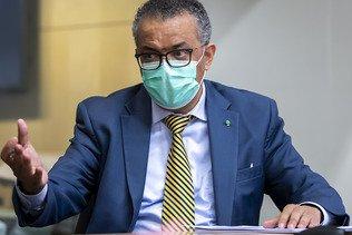"""L'OMS affirme """"encore longue"""" la voie vers la fin la pandémie"""
