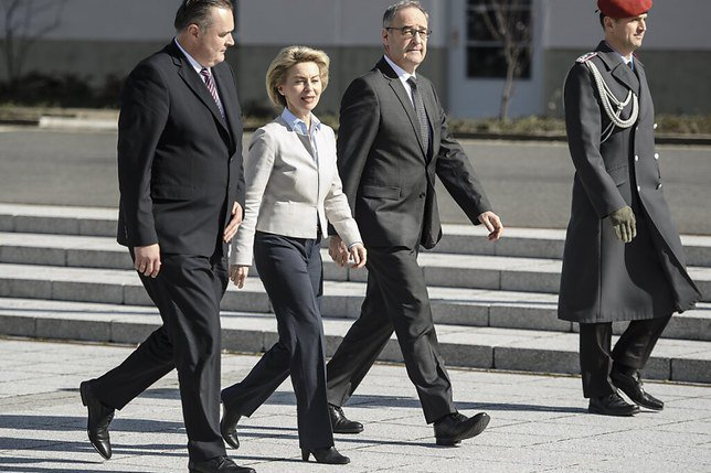 Guy Parmelin se rend à Bruxelles pour discuter de l'accord-cadre